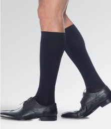 7085bd9286f80 Sigvaris 970 Access Men's 15-20 mmHg Closed Toe Knee High ...