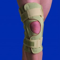 Swede-O Thermoskin Hinged Knee Wrap Single Pivot Brace
